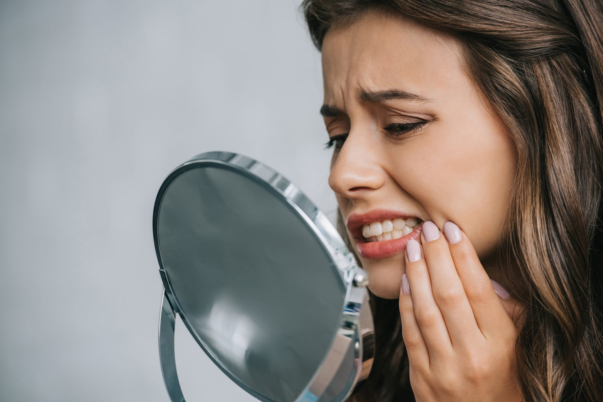 Do Cracked Teeth Heal? Knowing More About Cracks in Teeth